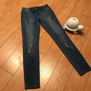 Justice jeans 👖 Distressed w/ sparkles